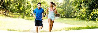 Mann und Frau beim Joggen